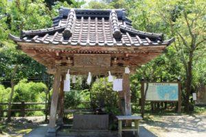 長南町笠森寺の手水舎