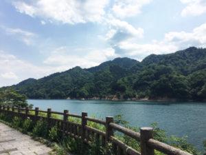 清川村の宮ヶ瀬ダム