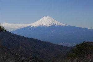 都留市から眺める富士山
