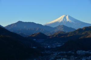 大月市岩殿山より望む富士山