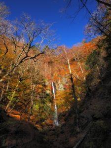 小菅村 白糸の滝