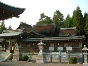 竜王町苗村神社西本殿