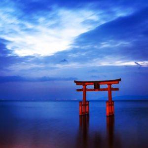 高島市の白鬚神社