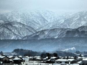 富山県立山連峰の風景