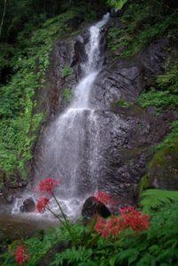東温市白糸の滝