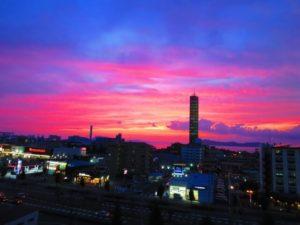 宇多津町のゴールドタワー