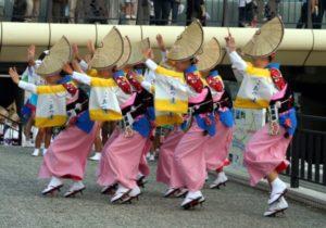 徳島発祥の阿波踊り
