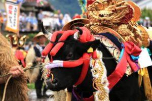 壬生の花田植 飾り牛
