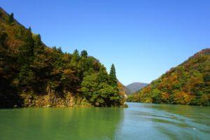南砺市庄川峡の風景