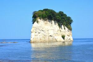 珠洲市の見附島