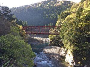 安田川に架かる橋