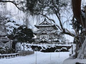 弘前城の雪景色