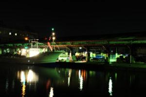 夜の尾鷲港