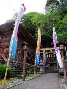檜枝岐歌舞伎 舞台の神社