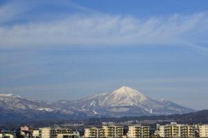 会津若松市から望む磐梯山