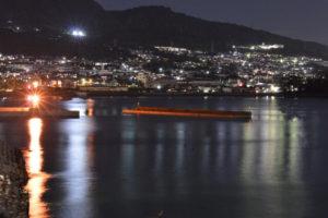 別府湾から望む日出町の夜景