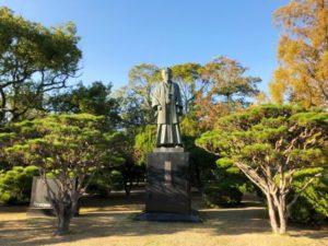 神野公園 江藤新平像